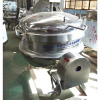 Cooking and sterilizing machine
